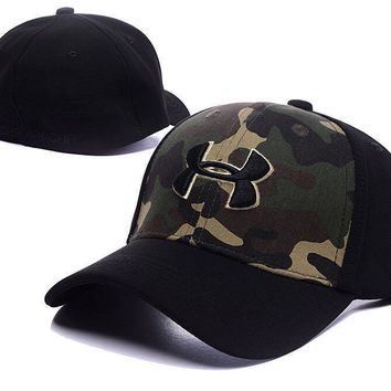 UNDER ARMOUR Golf Baseball Cap Hat