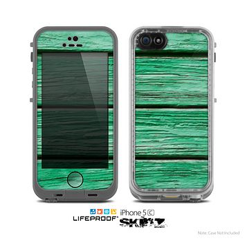 The Green Wide Wood Planks Skin for the Apple iPhone 5c LifeProof Case