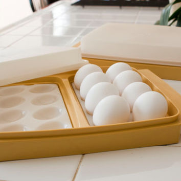 Tupperware Harvest Gold Tan Deviled Egg Keeper Travel Container (2 Available)