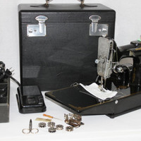 Vintage 1938 Singer 221 Portable Featherweight Sewing Machine and Carrying Case.  Serial # AE 990394, Scroll Faceplate