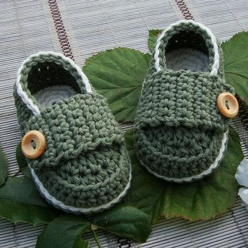 Handmade Crochet  Baby Boys Girls Booties Casual Shoes (S, M, L)