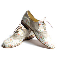 flower pattern and beige oxford shoes  FREE by goodbyefolk on Etsy