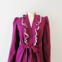 Vintage Dressing Gown Robe 60s 70s G's G's G's Grape Purple Velour White Lace Ruffle Belted Modern Size Small to Medium