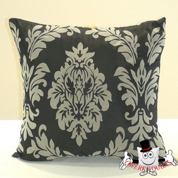 Western Style Vintage Flock Printing Cushion Cover With Cushion Insert