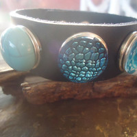 3 CHUNKS LEATHER button BRACELET with 3 buttons