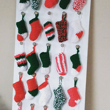 Wooden Advent Calendar, Crochet Stockings and Mini Santa Bags, Countdown to Christmas, 25 Days of Christmas