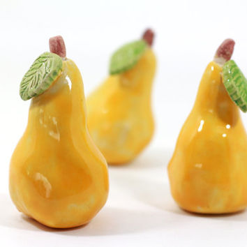 Ceramic pears, Home decor, Shabby chic, Ceramic fruit, Table centerpiece, Spring decor