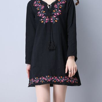 Streetstyle  Casual Tie Collar Tassel Embroidery Cotton/Linen Shift Dress