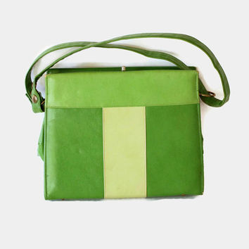 60s green handbag. Structured purse. Mod purse. Mad Men fashion. Faux leather. Green stripes. Square purse. Spring fashion