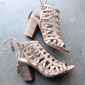 sbicca - geovana women cage sandal in tan
