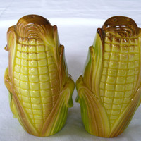 Vintage Corn On The Cob Salt and Pepper Shakers