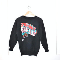 Vancouver Grizzlies sweatshirt / vintage 80s ATHLETIC basketball pull over jumper