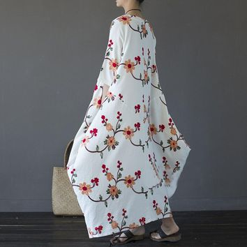Embroidery Plus Size Women Maxi Dress Summer 2018 Loose O-neck 3/4 Sleeve Long Maxi Dresses Casual Holiday Party Solid Vestidos