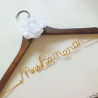 Bride gift,Personalized Wedding Hangers, Bridal Hangers,  Wedding Gift,custom made wedding Hangers, Name Hanger,shower gifts