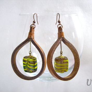 Brown Leather earrings,Murano glass earrings,Circle earrings,Leather handmade jewelry