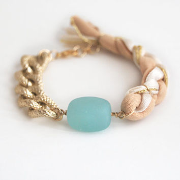 Sea glass bracelet with chunky chain, bohemian braided bracelet, beige bracelet with sea glass bead